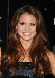 shelley_hennig_008
