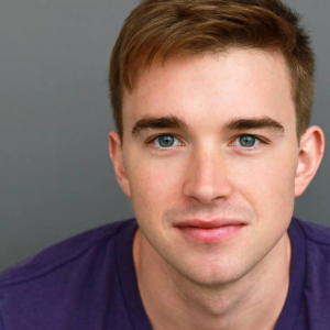 Chandler_Massey,_February_2015